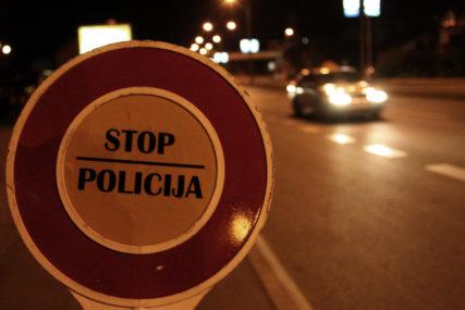 Počinio skoro sve saobraćajne prekršaje: U Kozarskoj Dubici od nesavjesnog vozača oduzet automobil