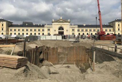 RODONAČELNIK DINASTIJE Niče monumentalni spomenik srpskom vladaru od 24 METRA i 68 TONA