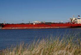 NA BRODU DUGAČKOM  135 METARA RADI 160 RADNIKA U Zrenjaninu se gradi najveći riječni tanker na svijetu