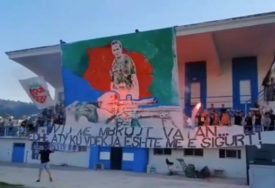 JEZIVE PORUKE IZ TIRANE Poziv na ubistvo i koreografija Velike Albanije(VIDEO)