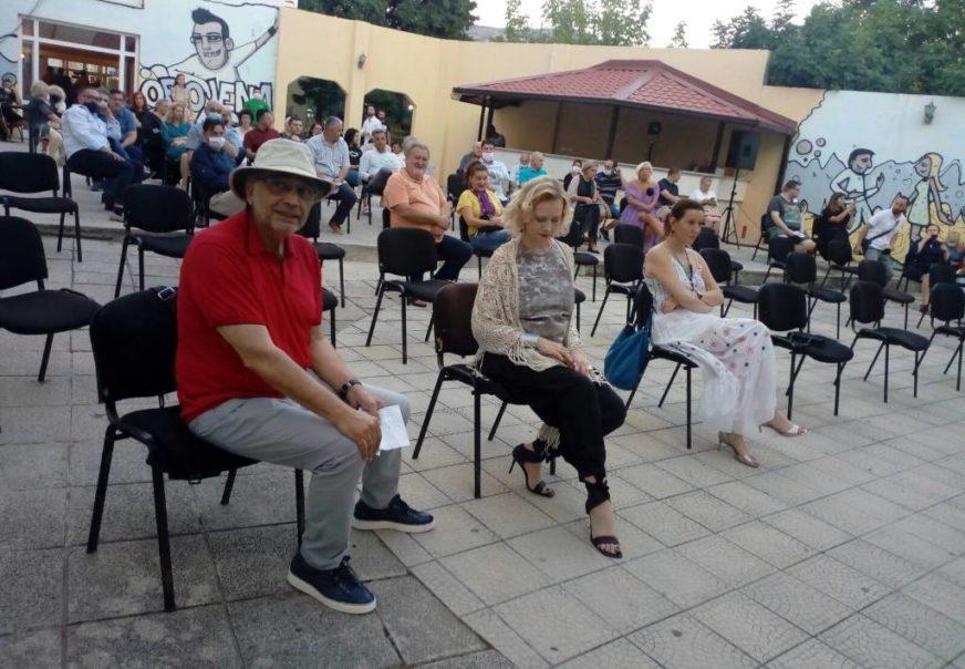"""""""ZLATNI PLATAN"""" VOJI BRAJOVIĆU I ANI SOFRENOVIĆ  Počeo osmi Trebinje film festival"""