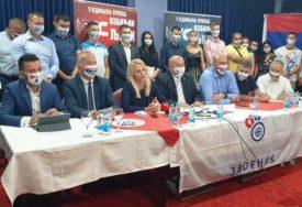 """""""NIKO NE TREBA DA SE LJUTI"""" Kandidat US za gradonačelnika Zvornika poručuje da će izbori pokazati da su druga partija u Srpskoj"""