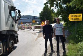 SDS: Grad zatvorio prometnu saobraćajnicu u Lazarevu, a RADOVI STOJE