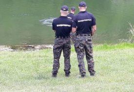 TRAGEDIJA Mladić (23) utopio se tokom kupanja u jezeru Bela reka