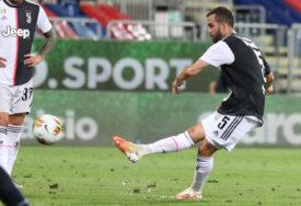 DIRLJIV OPROŠTAJ Pjanić dirnuo srca navijača Juventusa