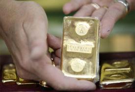 REKORDNA VRIJEDNOST Cijena zlata prešla 2.000 dolara za uncu