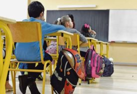 KORONA U ŠKOLSKIM KLUPAMA U Zagrebu 49 djece pozitivno na zarazu
