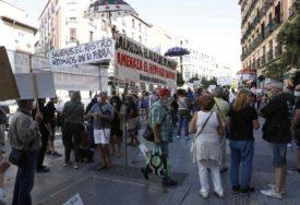 TRAŽE BOLJE USLOVE ZA RAD Prosvjetni i medicinski radnici u Španiji štrajkuju zbog reakcije vlasti na korona krizu