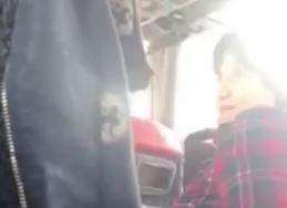 """""""JA TO DA NOSIM NEĆU"""" Putnici u autobusu tražili od žene da stavi masku, a kada je odbila nastao je HAOS (VIDEO)"""