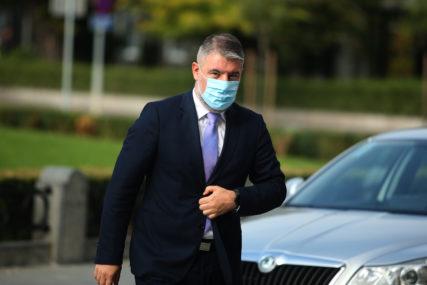 """""""Učinićemo sve da obezbijedimo kiseonik za UKC i bolnice"""" Šeranić ističe da je razmatrano više opcija (VIDEO)"""