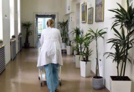 BOLNICA ŽARIŠTE ZARAZE Inficirano devet radnika i 21 pacijent sa više odjeljenja