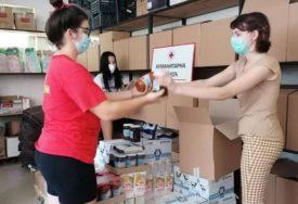 HUMANOST NA DJELU Banjalučki Crveni krst podijelio 200 paketa hrane najugroženijim građanima