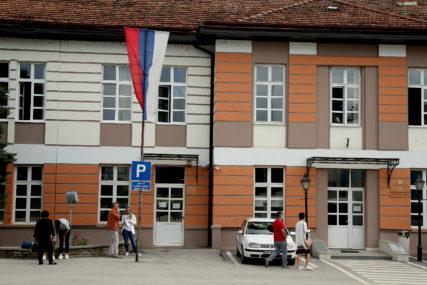 OBEZBIJEĐENO 170.000 KM Opština Foča stipendira 173 redovna studenta