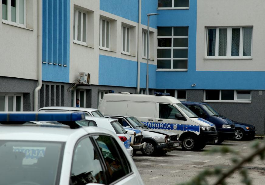 OSUMNJIČENI ZA UGROŽAVANJE BEZBJEDNOSTI Dvije osobe iz Foče uhapšene zbog upućivanja prijetnji