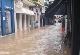 OLUJA ČUPALA DRVEĆE I KIDALA KABLOVE Snimci Grčke nakon razornog uragana (VIDEO)