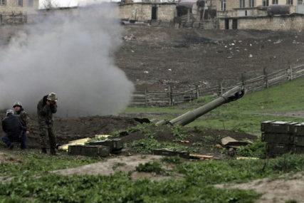 """""""VRATITI SE ZA PREGOVARAČKI STO"""" Moskva pozvala Jermeniju i Azerbejdžan na momentalni prekid vatre"""