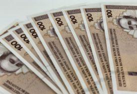 SEPTEMBARSKA PROSJEČNA PLATA 965 KM Najveća primanja u oblasti finansija, najmanja u građevinarstvu