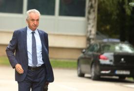 """ŠAROVIĆ O IZMJENI ZAKONA """"Ako obezvlaste gradonačelnike, čuće se glas građana na ulici"""""""