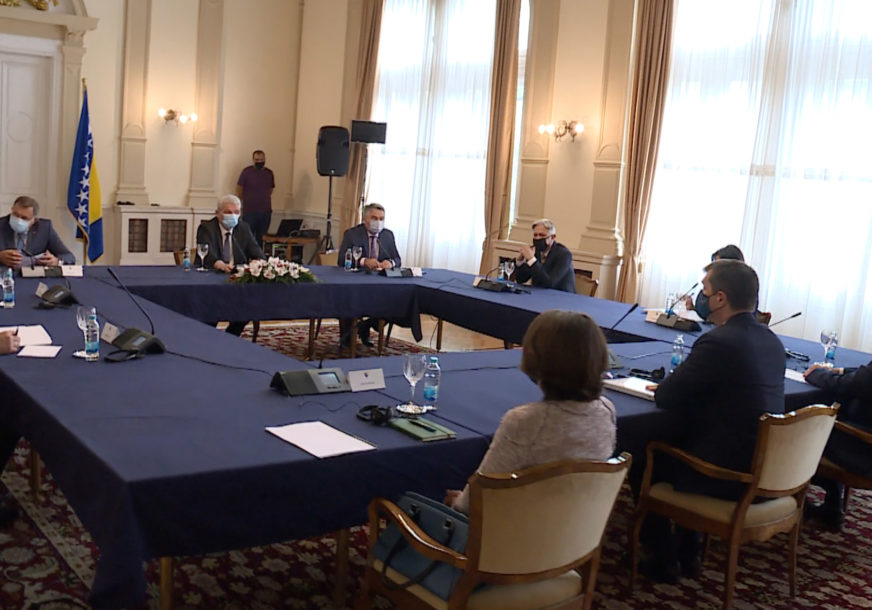 PALMER STIGAO U SARAJEVO U toku sastanak sa članovima Predsjedništva BiH