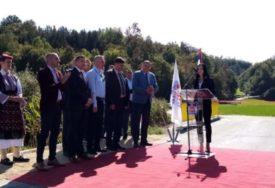 OBNOVLJEN I MOST Otvoren rekonstruisani put u naselju Mala Novska Rujiška