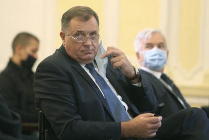 """Dodik uputio saučešće porodici """"Pjesme Predraga Živkovića Tozovca ostaće da žive kao trajna uspomena"""""""