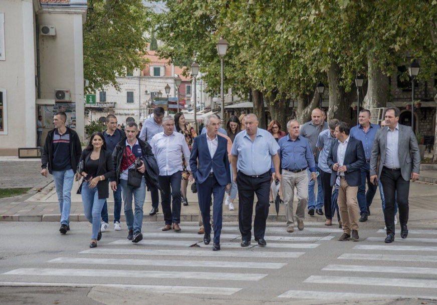 """""""TREBINJE JE JEDAN OD PRIORITETA"""" Poslanici opozicije pružili podršku Iliji Stankoviću"""