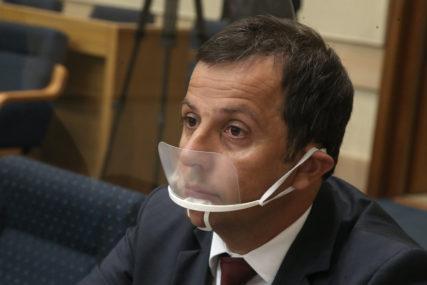 Dva puta prijavljen zbog narušavanja reda i mira: Nakon privođenja Nebojše Vukanovića oglasila se i policija