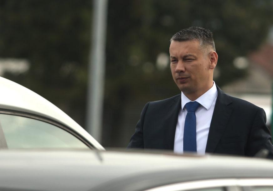 Nenad Nešić ZVANIČNO NAPUSTIO Klub poslanika iz RS u Parlamentu BiH