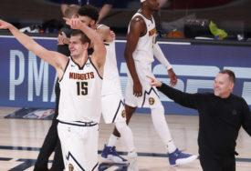 NOSIO DENVER NA LEĐIMA Jokić ruši rekorde u NBA majstoricama (VIDEO)