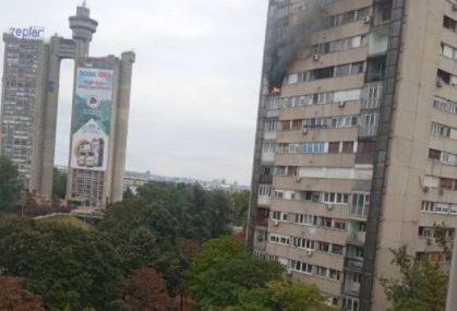 EVAKUISANI STANARI Požar u stanu na 11. spratu zgrade izazvala EKSPLOZIJA PLINSKE BOCE