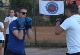 Slijepi bokser iz Banjaluke oduševio regiju: Za mladog Ognjena prepreke ne postoje (VIDEO)