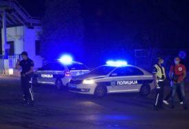KRVAVI OBRAČUN Izboden muškarac, policija traga za napadačem