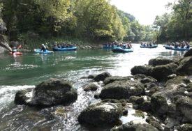 """""""BEZBJEDNOST NA VODI JE KLJUČNA"""" Konferencija turizma okončana rafting regatom"""