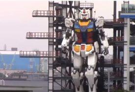 SASTAVLJEN OD 200 DIJELOVA Prohodao robot težak 25 tona (VIDEO)