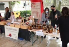 PAPRIKA NOVI BREND HERCEGOVINE Sajam domaćih poljoprivrednih proizvoda u centru Trebinja