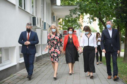 JESEN DONOSI NOVE IZAZOVE Epidemija nije gotova, u Banjaluci registrovano više od 1.700 slučajeva