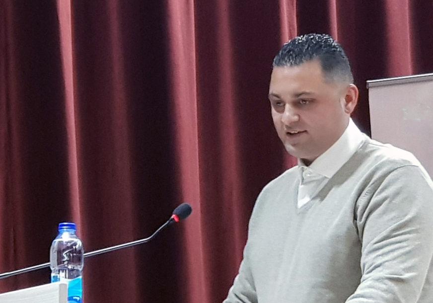 """OPTUŽEN ZA PRONEVJERU Počinje suđenje direktoru u """"Autoputevima RS"""""""