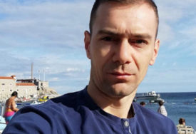 SKANDAL U ŠKOLI Nastavnik matematike u Modriči odbio da na času stavi masku, dobio UPOZORENJE PRED OTKAZ