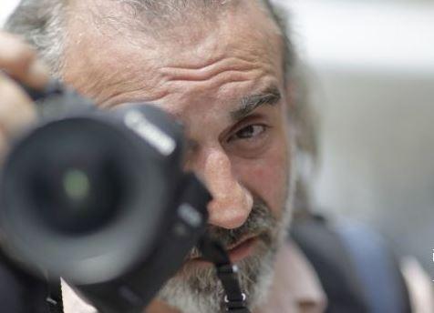 OPROŠTAJ OD KOLEGE Preminuo Srđan Sulejmanović, dugogodišnji foto- reporter agencije EPA