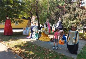 POČINJU RADIONICE U Prijedoru održan prvi humanitarni bazar