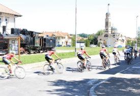 OBRATITE PAŽNJU KUDA SE KREĆETE Obustava saobraća zbog biciklističke trke