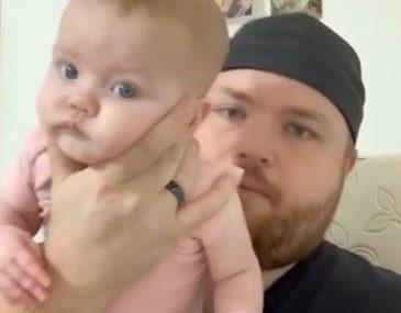 ISCRPLJENI RODITELJI SPREMNI SU NA SVE KAKO BI USPAVALI DIJETE Tata isprobao trik pomoću kog je beba odmah zaspala (VIDEO)