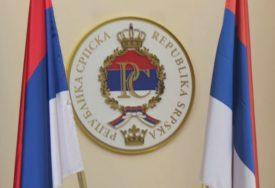 BEOGRAD OKIĆEN SA 4.000 ZASTAVA Srpska i Srbija obilježavaju Dan jedinstva