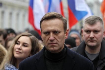 PRVI PUT U JAVNOSTI NAKON IZLASKA IZ BOLNICE Navaljni se pojavio se u intervjuu poznatog ruskog blogera