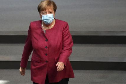 KONTAKTE I PUTOVANJA SVESTI NA MINIMUM Angela Merkel zabrinuta zbog velikog broja zaraženih