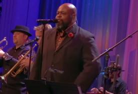 MUZIČKI SVIJET U ŠOKU Čuveni pjevač u 49. godini umro od korone