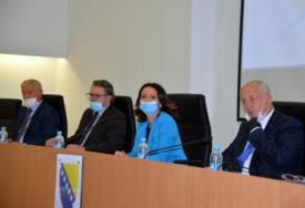 CIK IZNAD USTAVA I NSRS Bakalarova poruka o nastavku saradnje s IFES izazvala BURU