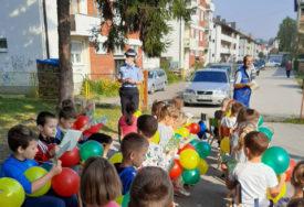 """""""POKAŽITE DA VAM JE STALO"""" Ombudsmani pozivaju da se zaštite djeca za vrijeme kampanje"""