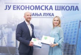 Sberbank a.d. Banjaluka DONIRALA TABLETE za Ekonomsku školu