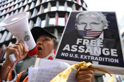 BORBA OSNIVAČA VIKILIKSA Asanžu ako bude izručen Americi prijeti NAJOZLOGLAŠENIJI ZATVOR
